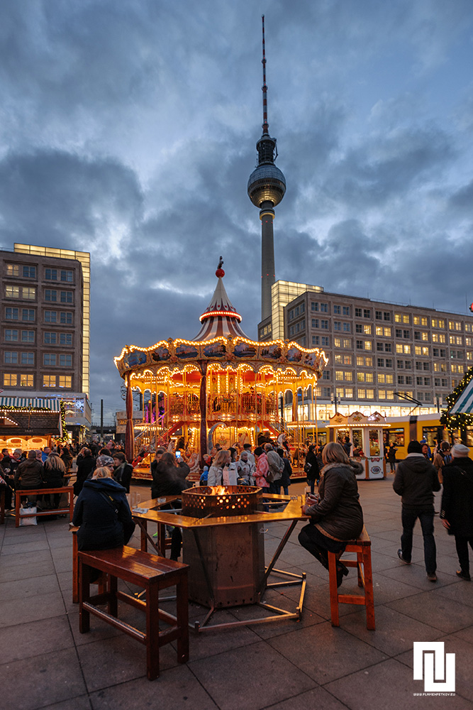 Коледен базар в Берлин, Александър плац