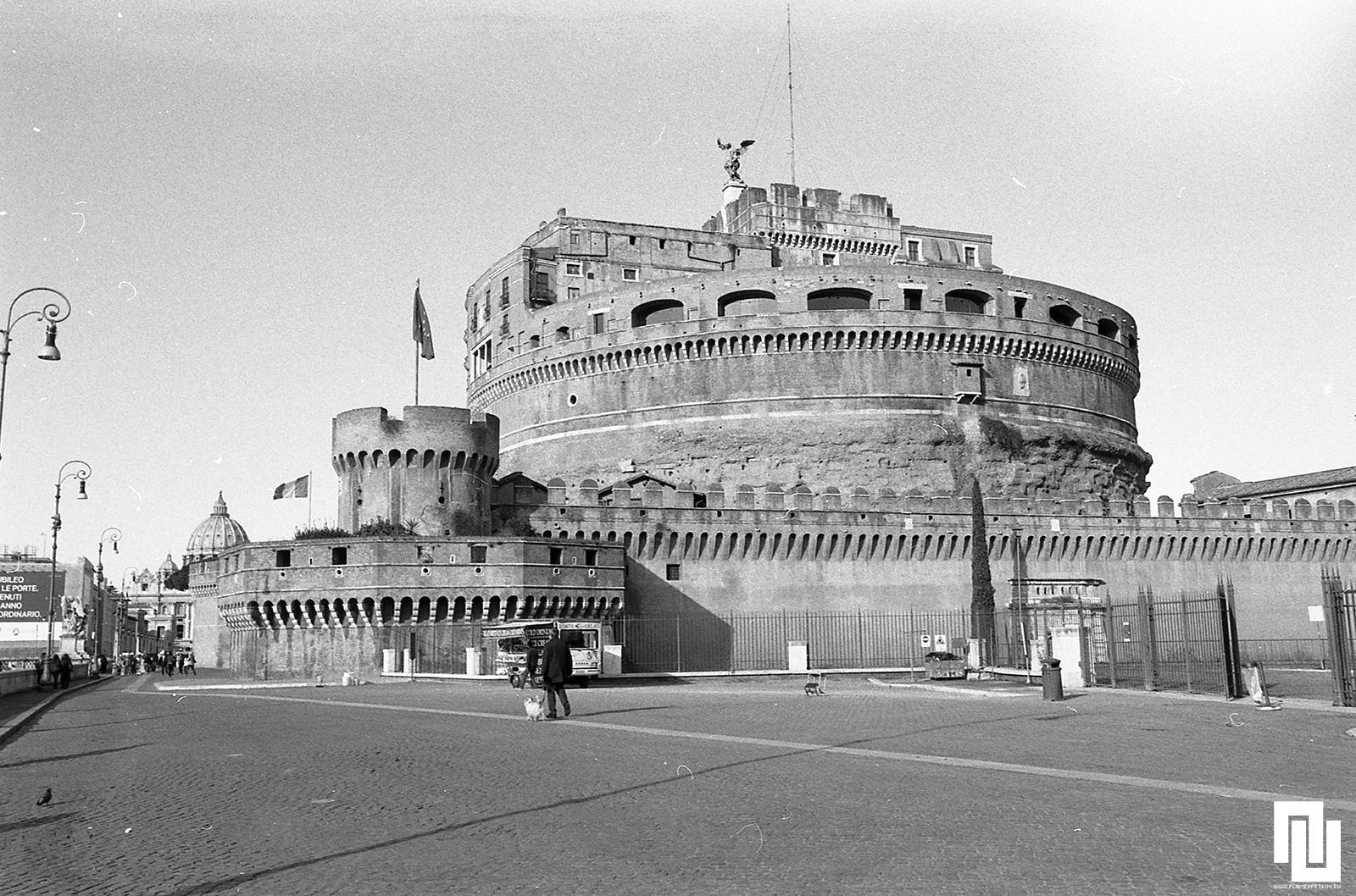 Замъкът Sant'Angelo