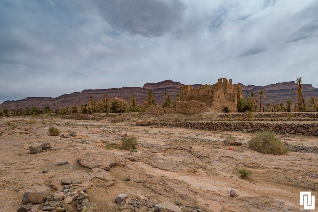 Изоставен глинен град / крепост Мароко